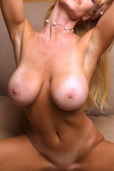 Laura Shay Selway Getting Nude