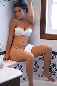 Debora Juliana Bath