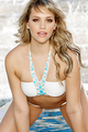 Mia Malkova Strips In The Pool