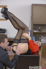 She Gets The Job 05