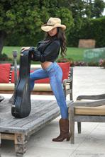 Sexy Babe Nina James 01
