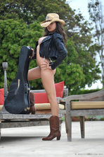 Sexy Babe Nina James 02