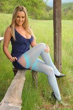 Jodie Gasson Outdoor 04