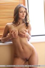 Sexy Yarina A 13