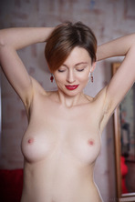 Stunning Russian Redhead Lilu Rose Favors The All-natural Look 09