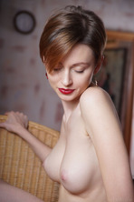 Stunning Russian Redhead Lilu Rose Favors The All-natural Look 19