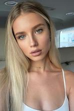 Polina Malinovskaya 11