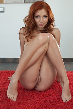 Tempting Redhead Michelle
