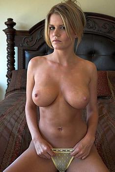Horny Milf Lisa