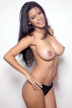 Big Latin Boobs Of Kendra Roll
