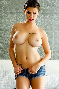 Peta Jensen Sexy Strip Tease