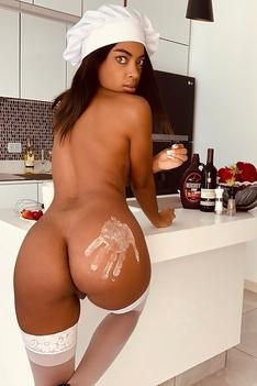 Sofi Vega - Lustful Cook