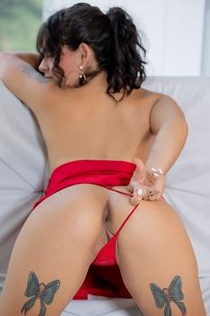 New Talent Arabella Rose