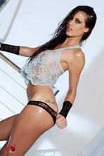 Tiffany Thompson Spreads Her Legs 01
